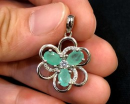 16cts Green Emerald 925 Sterling Silver Pendant