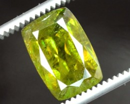 4.90 Carats AAA Color Full Fire Natural Chrome Sphene Loose Gemstone