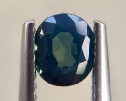 0.96cts Very beautiful Sapphire  Gemstones Piece Ad