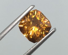 2.76 Carat VVS Zircon Golden Flash - Sri  Lanka Master Cut - Masterpiece!