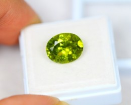4.86ct Green Peridot Oval Cut Lot V2376