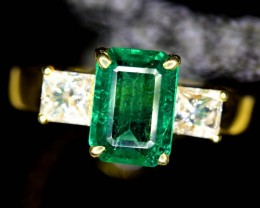 AAA Grade 2.50 Carats Rarest Panjsher Emerlad ~ Diamonds in Gold Ring