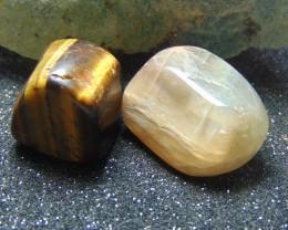 Tumble Stone tiger eye-moon stones cabs stones 146.95 cts