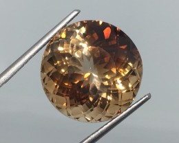 23.00 Carat VVS Topaz Rainbow Champagne Flash - Exotic - Out of This World
