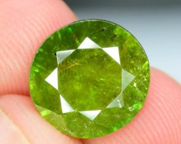 3.65 Carats AAA Color Full Fire Natural Chrome Sphene Loose Gemstone