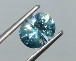 2.23 Carat VVS Zircon Caribbean Blue - Precision Cut - Spectacular Flash !