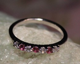 Natural Garnet Silver Ring Size (6.5) 0231