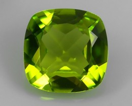 2.10 Cts.Magnificient Top Sparkling Intense Green-cushion NR!!!