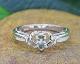 N/R Natural Green Sapphire 925 Sterling Silver Ring (SSR0442)
