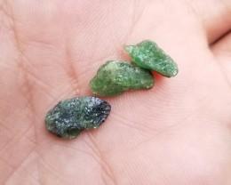 GREEN  GARNET ROUGH GEMSTONE PARCEL  Natural+Untreated VA502