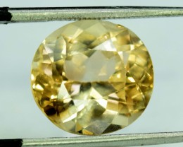 No Reserve 9.15 CT Oval cut Champagne Color Topaz Skardu Pakistan