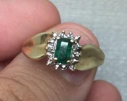 (B12) Amazing $675 Nat 0.55ct Emerald & Diamond Ring 10K YG