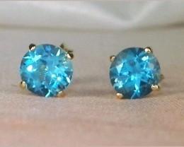 (B13) Incredible $500 Nat 1.0tcw. Blue Topaz Solitaire Stud Earrings 14K YG