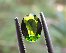 0.60ct RUSSIAN CHROME DIOPSIDE OVAL FACETED