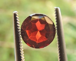 1.40ct RED GARNET FROM MOZAMBIQUE ROUND CUT