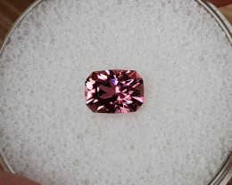 0,86ct Pink Tourmaline - Master cut!