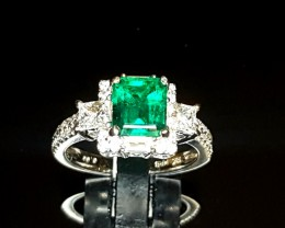 1.64ct Colombian Emerald Ring