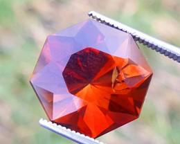 13 Carats Topaz Gemstone