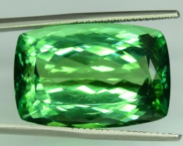 No Reserve ~ 44.85 Carats Lush Green Color Spodumene Gemstone