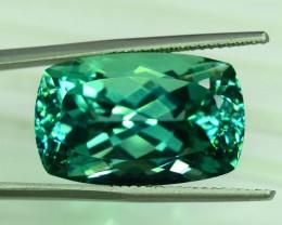 No Reserve - 36.85 Carats Lush Green Color Spodumene Gemstone