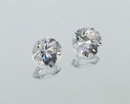 2.65 Carat VVS Zircon Diamond White - Matched Calibrated Pair - Stunning !