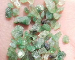 GREEN GARNET ROUGH GEMSTONE PARCEL Natural+Untreated VA804