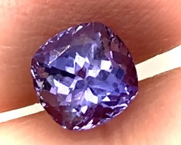 Certified Tanzanite - Oh the color! 1.54cts Jewellery grade gem