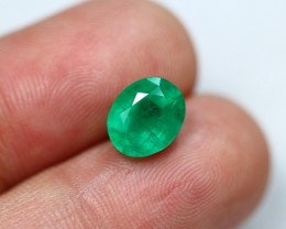 Lot 09 ~ 2.57Ct Natural  Zambian Faceted Green Emerald