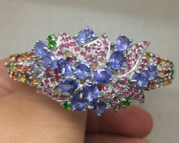 (B) Stunning Nat 119.8tcw. Tanzanite Chrome Diopside Ruby &Saphire Bang