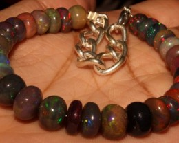 51 Crt Natural Ethiopian Fire Smoked Black Opal Beads Bracelet 0067