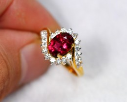 Lot 09 ~ 3.11gm 14K Solid Yellow Gold Rubellite Diamond Ring Sz 7 1/4