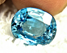 CERTIFIED - 7.09 Carat Blue VVS/VS Southeast Asian Zircon - Superb