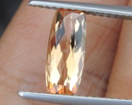 1.59cts,  Topaz,  Untreated