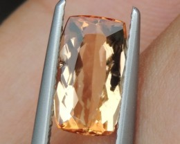 1.69cts, Topaz,  Untreated
