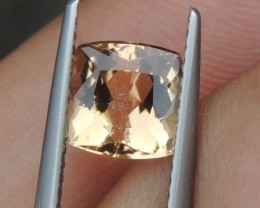 2.12cts,  Topaz,  Untreated