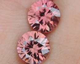 3.21cts Pink  Zircon,  Top Cut,  Clean,  Unheated