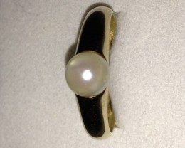 14k. Gold Ring With Akoya Pearl - SALE