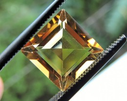 3.25ct VVS FACETED BRIGHT GOLD CITRINE GEMSTONE FROM BRAZIL