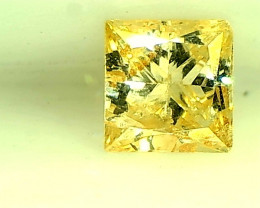 0.35ct  Fancy Light Yellow Diamond , 100% Natural Untreated