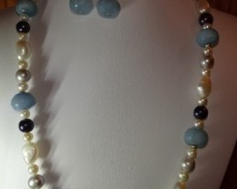19 INCH LONG BAROQUE PEARLS AND AQUAMARINE BEAD NECKLACE