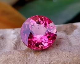 GSGS Certified 5.30 Ct Natural Reddish Pink Transparent Rubellite Tourmalin
