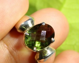 FACETED Peridot Ring O silver rING SIZE 7.5   [SJ4792]