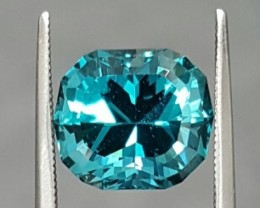5.00 ct BLUE APATITE - STRONG COLOR - MASTER CUT!