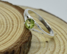 CERTIFIED  RING 925 STERLING SILVER PERIDOT  NATURAL GEMSTONE JE1193