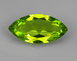 2.65 Cts.Magnificient Top Sparkling Intense Green Peridot