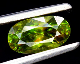 No Reserve - AAA Grade Color 1.75 Carats Full Fire Natural Sphene Titanite