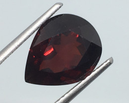 4.80 Carat VS Garnet Pear - Untreated - Mozambique Magic !