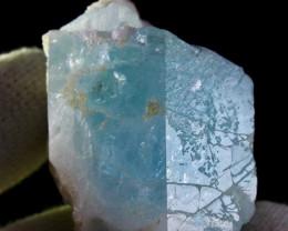 459.90 CT Natural & Unheated Sky Blue Aquamarine Mineral Crystal