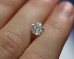 Stunning IGL Cert $4000 Nat 0.90ct. Round White Diamond