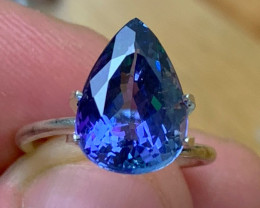5.87 cts GIA Certified Tanzanite - AAAA - Magnificent